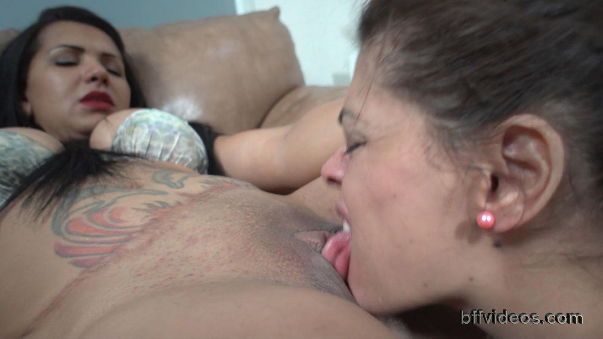 Big Tit Lesbian Pussy Eating